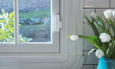 سیستم هوشمند کنترل درهای حساس و پنجرهها